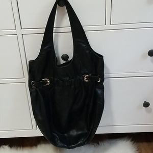 💗 Badgley Mischka black leather bucket hobo bag